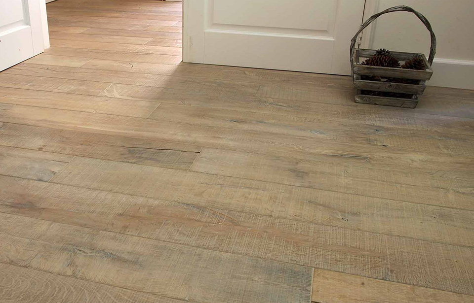 Engineered oak flooring. Heywood / Knotting Hill Range
