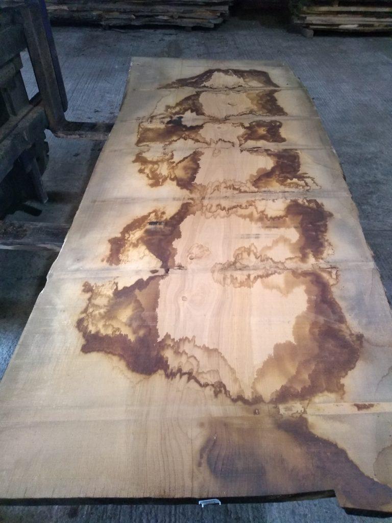 Wide Sweet Chestnut Plank 00045
