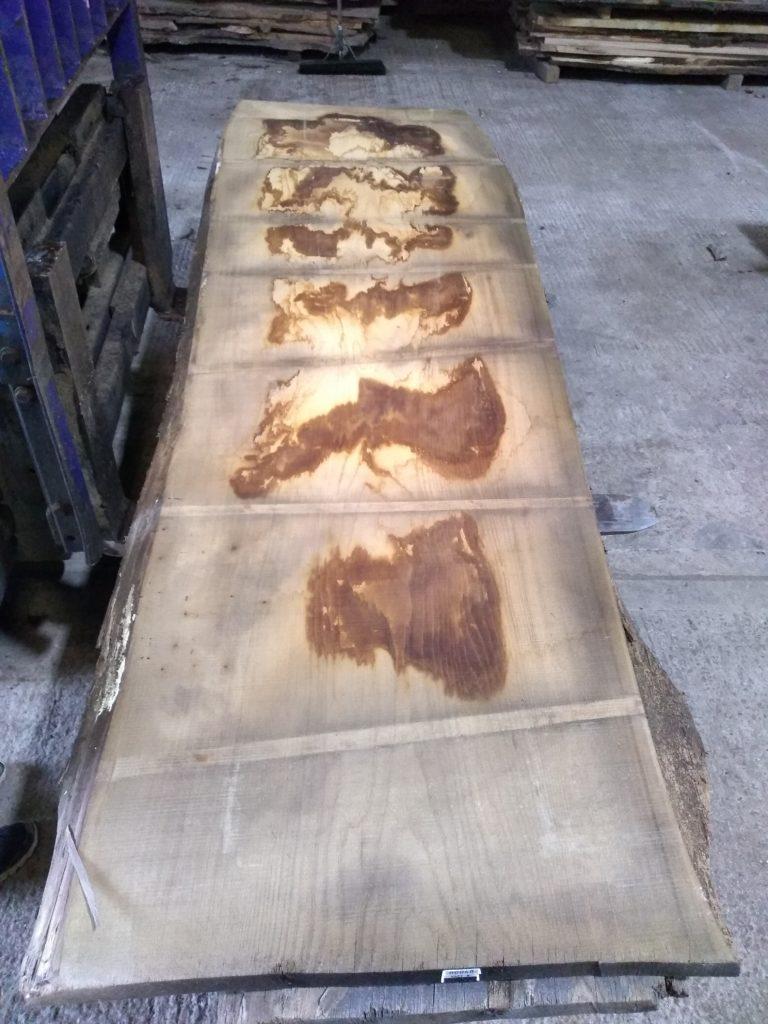Wide Sweet Chestnut Plank 00048