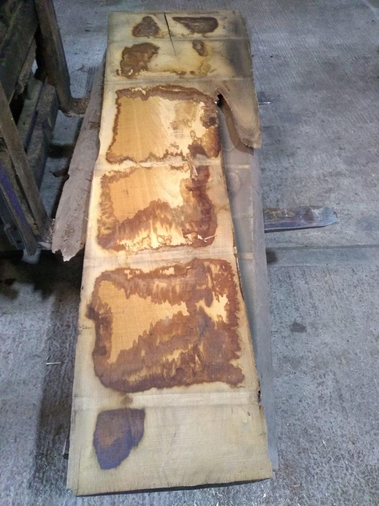 Wide Sweet Chestnut Plank 00049