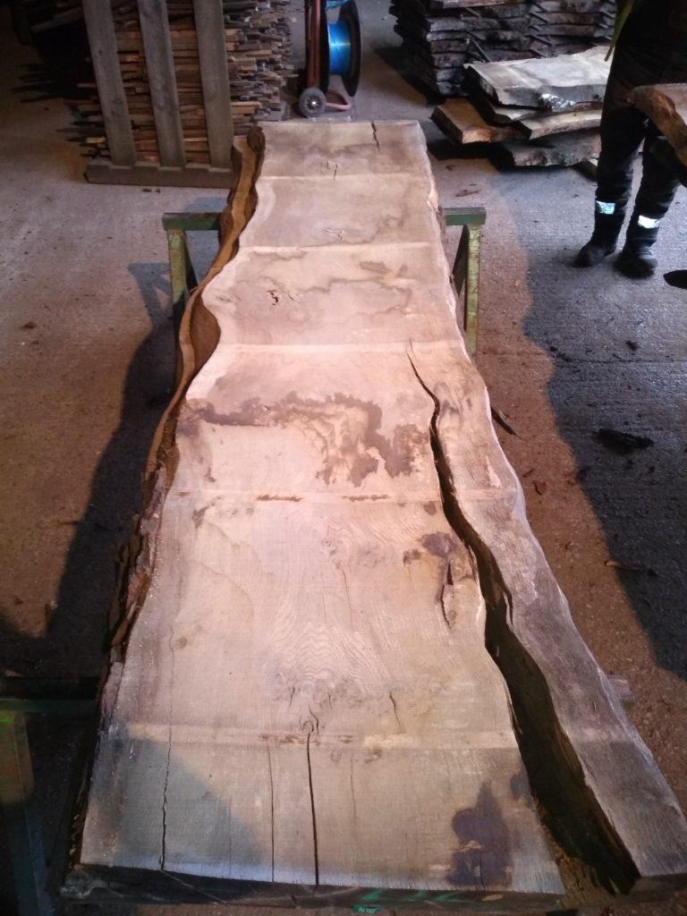 English Pippy Oak Log 00977