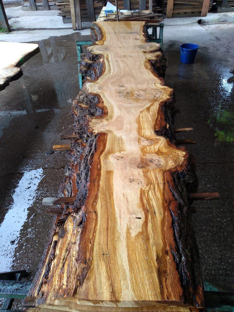English Pippy Oak Log 040654 Fresh Sawn