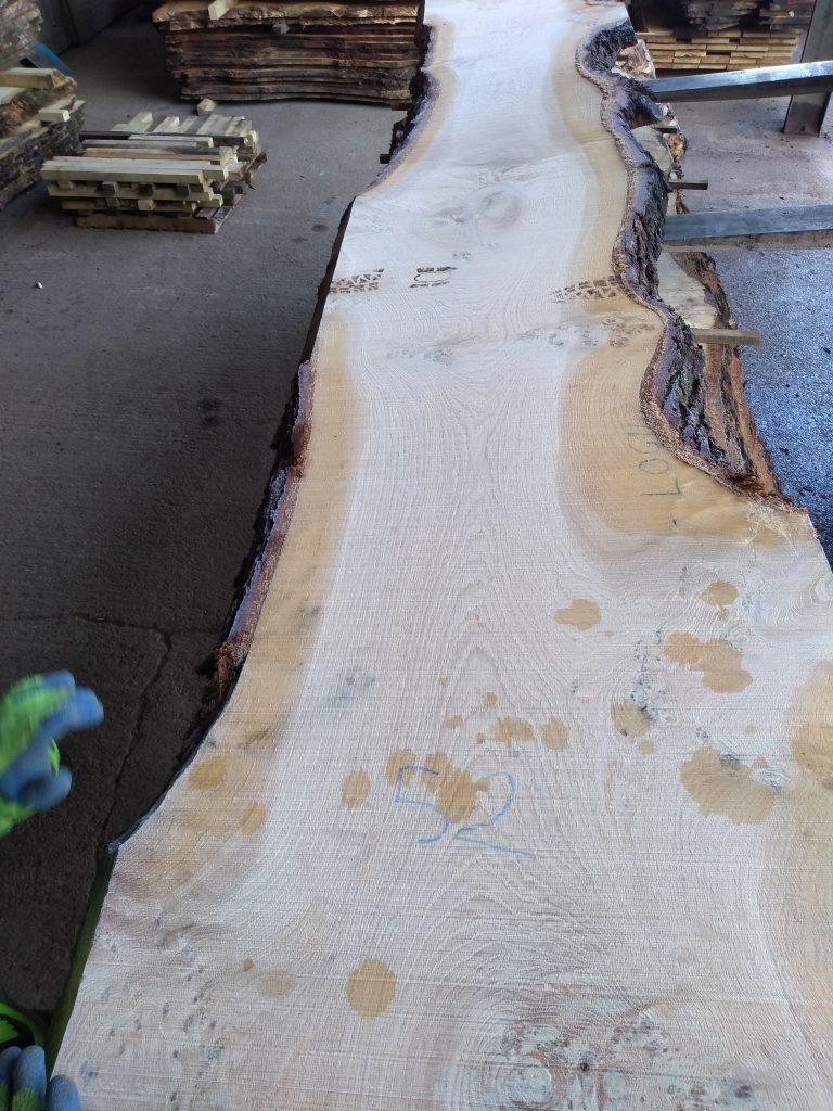 English Pippy Oak Log 3001 Fresh Sawn