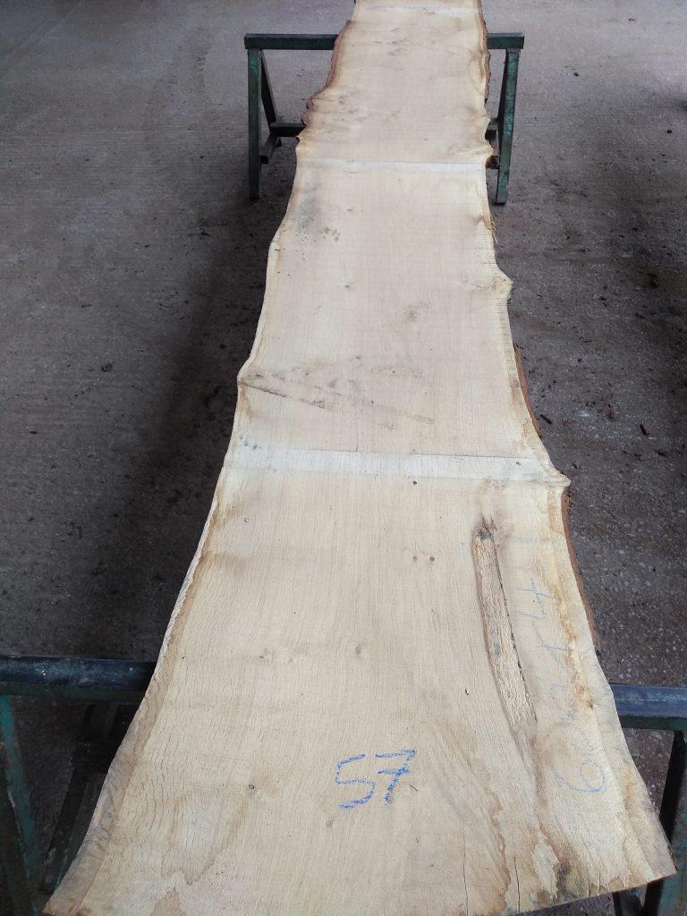 English Pippy Oak Log 60044 Fresh Sawn